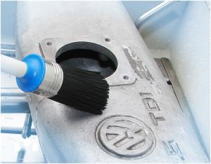 mycie, odtłuszczanie powierzchni części przemysłowych