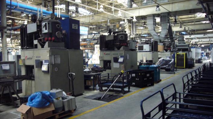 myjnia przemysłowa - mycie i odtłuszczanie powierzchni