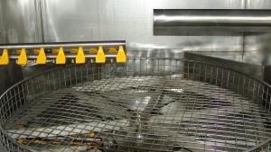 myjnia ultradźwiękowo-natryskowa