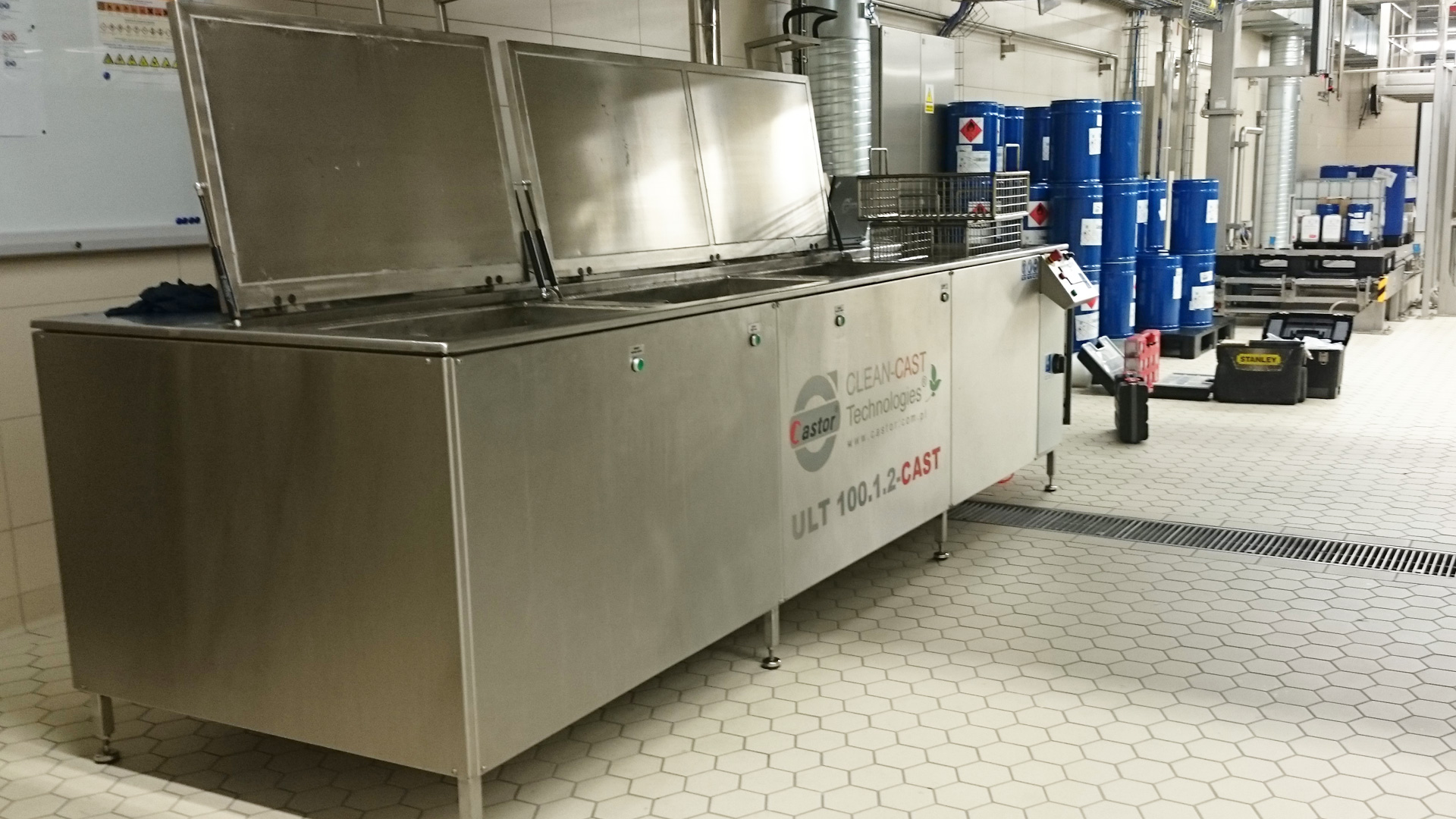 Mycie przemysłowe w ultradźwiękach