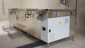 Mycie detali przemysłowych za pomocą ultradźwięków