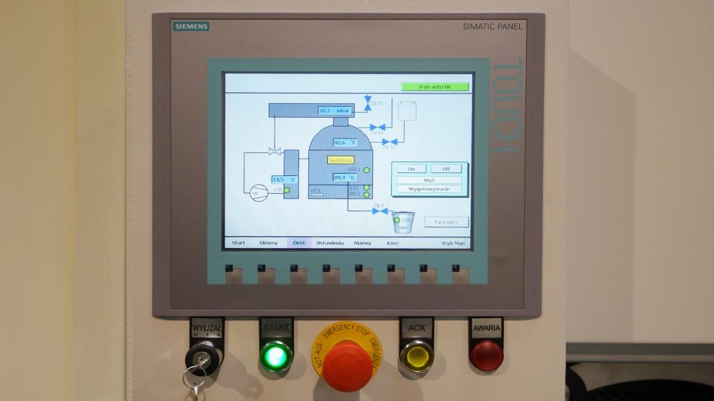 sterowanie procesem mycia i destylacji środka myjącego