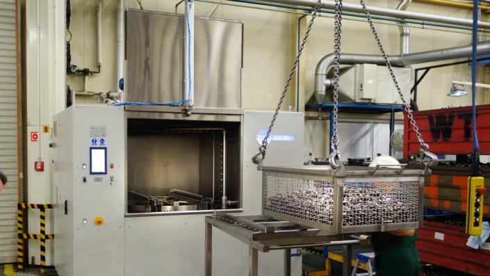 Mycie detali przemysłowych