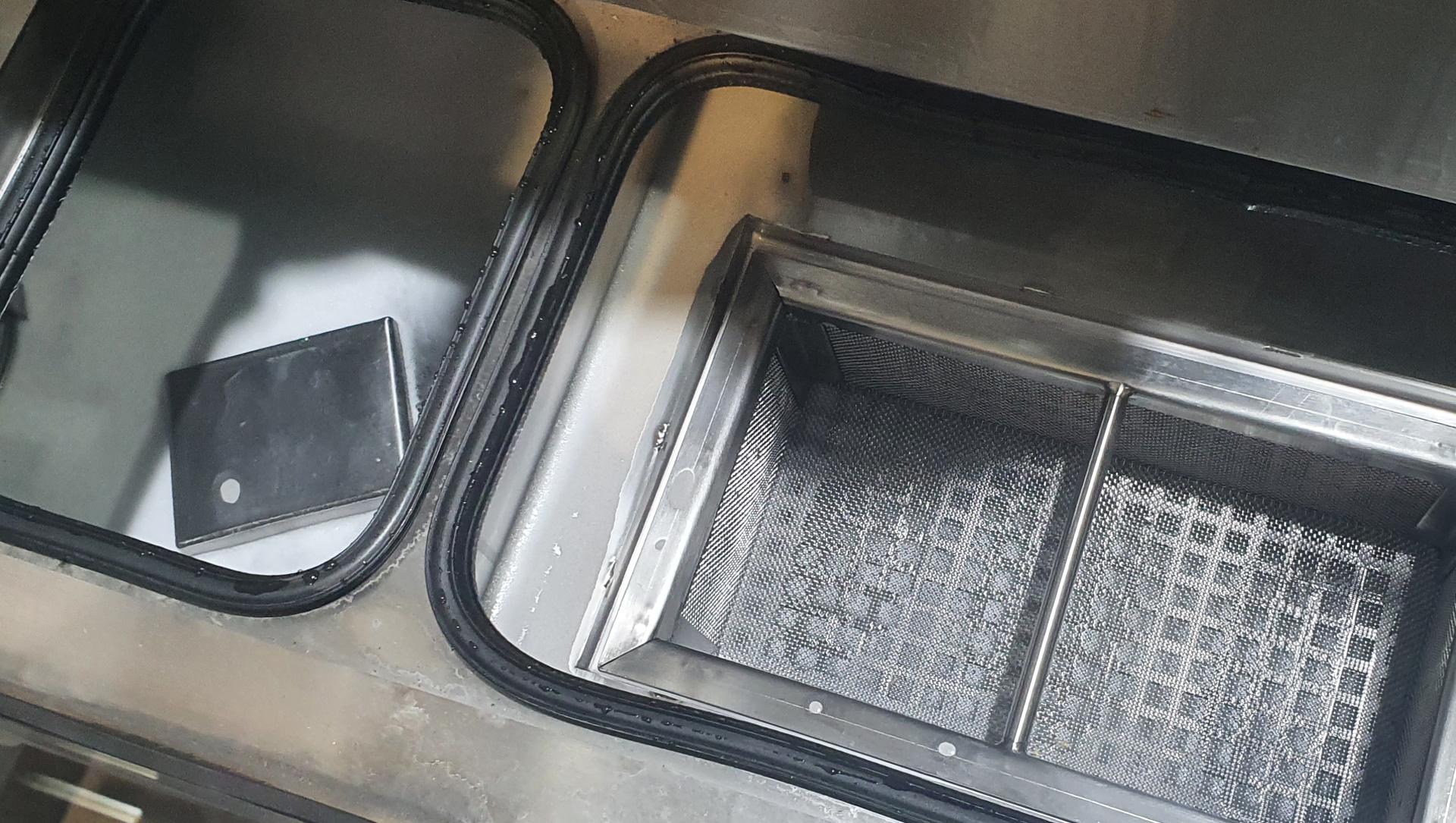 Odolejacz myjki tunelowej